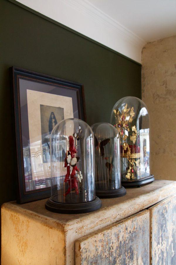 dealeuse-boutique-decoration-mobilier-luminaires-luminaire-vases-vase-lampes-lampe-laiton-marbre-vintage-curiosite-curiosites-globe-ancien-creation-paris