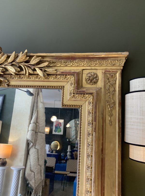 dealeuse-boutique-decoration-mobilier-luminaires-luminaire-vases-vase-lampes-lampe-laiton-marbre-vintage-miroir-miroirs-carre-paris