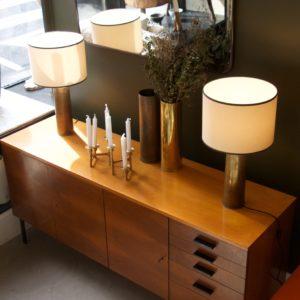 dealeuse-boutique-decoration-mobilier-luminaires-luminaire-vases-vase-lampes-lampe-laiton-marbre-vintage-tapis-beniouarain-zanafi-enfilade-paris