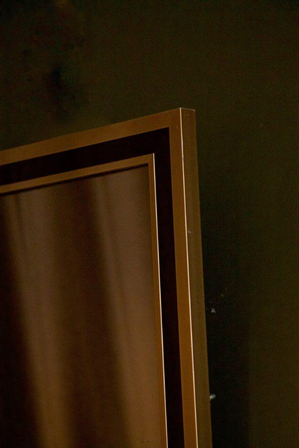 dealeuse-boutique-decoration-mobilier-luminaires-luminaire-vases-vase-lampes-lampe-laiton-marbre-vintage-miroir-miroirs-ancien-vintage-verre-fume-paris