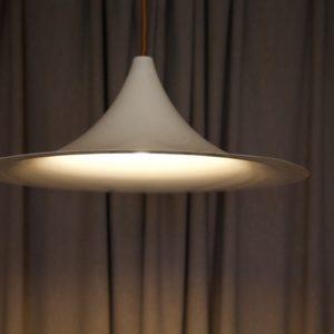 dealeuse-boutique-decoration-mobilier-luminaires-luminaire-vases-vase-lampes-lampe-laiton-marbre-vintage-paris-forme-tulipe-metal-blanc