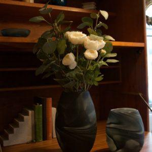 dealeuse-boutique-decoration-mobilier-luminaires-luminaire-vases-vase-lampes-lampe-laiton-marbre-vintage-miroir-miroirs-verre-paris
