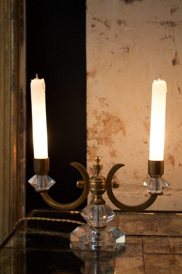 dealeuse-boutique-decoration-mobilier-luminaires-luminaire-vases-vase-lampes-lampe-bougeoir-bougeoirs-laiton-cristal-verre-vintage-paris