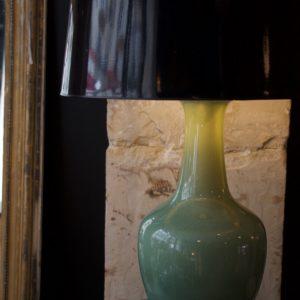 dealeuse-boutique-decoration-mobilier-luminaires-luminaire-vases-vase-lampes-lampe-laiton-ceramique-craquelee-vert-celadon-vintage-paris