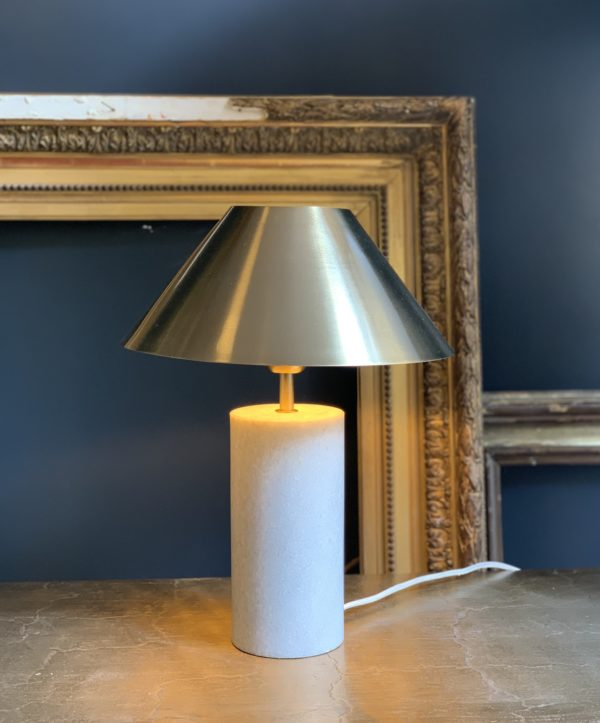 dealeuse-boutique-decoration-mobilier-luminaires-luminaire-marbre-blanc-lampes-lampe-laiton-vintage-paris