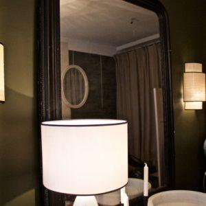 dealeuse-boutique-decoration-mobilier-luminaires-luminaire-vases-vase-lampes-lampe-laiton-marbre-vintage-miroir-miroirs-ancien-paris