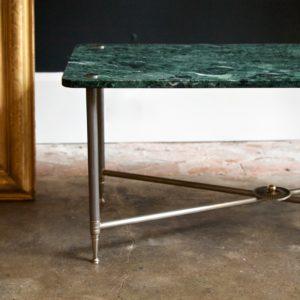 dealeuse-boutique-decoration-mobilier-luminaires-luminaire-vases-vase-lampes-lampe-laiton-table-basse-marbre-antiquite-antiquites-vert-vintage-paris